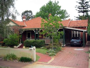 suburban-house-1600x1200